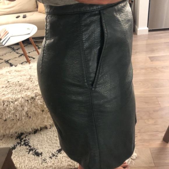 Zara Dresses & Skirts - Hunter Green Faux Leather Mini Skirt